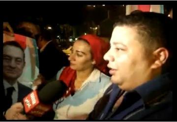 محاموا مبارك يرتدون دروع  و خوذات