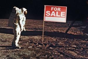 اﻷتراك بدأوا في شراء أراضي علي سطح القمر