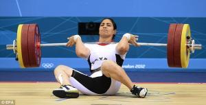 سقوط 150  كجم على رياضية مصرية بالأولمبياد