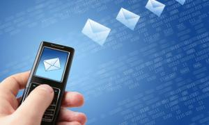 أستخدام الرسائل النصية أكثر من المكالمات الهاتفية دليل علي ضعف الشخصية
