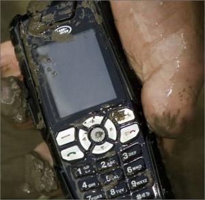 الهاتف المحمول مسئول عند ما يزيد عن 60% من التلوث البكتيرى