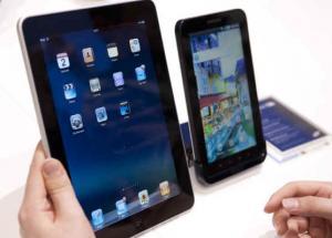 تراجع الكمبيوترات الشخصية مقابل نمو مبيعات الهواتف الذكية والحواسيب اللوحية