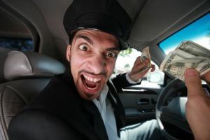 أستطلاع للرأي: سائقو (التاكسي) في نيويورك وباريس الأوقح بالعالم