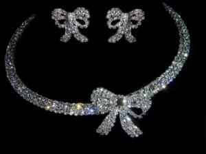 زوجة خليجي رجل ثري تقوم بسرقة عدة محال للمجوهرات بدبي