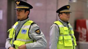 كوريا الجنوبية : إنتحار شاب بإلقاء نفسه من أعلي مبني فقتل طفلة بالخطأ