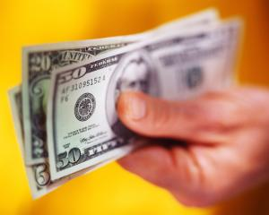 دراسة: الأوراق النقدية أكثر نقال للأمراض