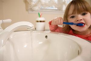 نظافة الأسنان تعمل علي زيادة قوة الذاكرة ونشاطها