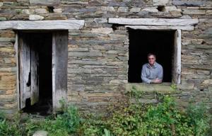 رجل أعمالي بريطاني يشتري قرية إسبانية بأكملها