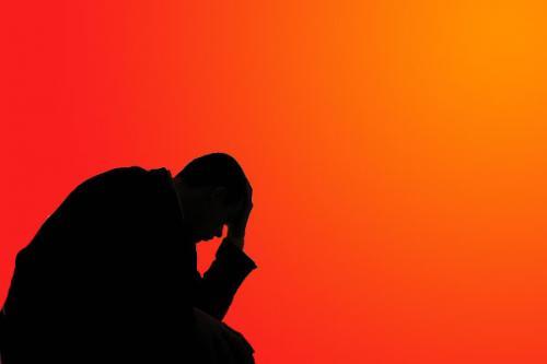 دراسة : الاضطراب النفسية والعقلية تقصر عمر الإنسان عشرات السنوات
