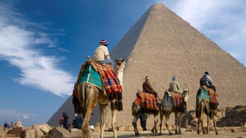 مهندس أيرلندي يكتشف سر بناء الهرم اﻷكبر بمصر
