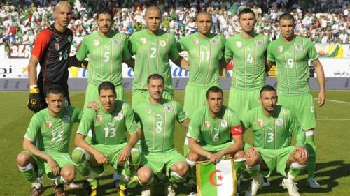 الفيفا تصنف المنتخب الجزائري كأفضل فريق علي المستوي العربي والأفريقي