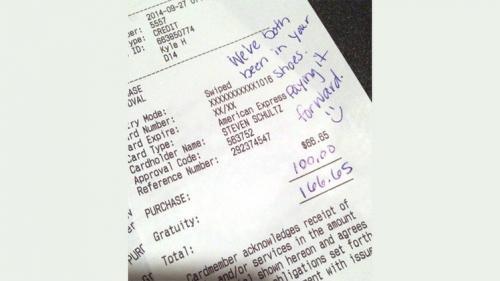 أمريكا : زوجان تعرضا لخدمة سيئة في مطعم فقدما إكرامية كبيرة تفوق الفاتورة