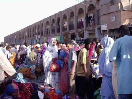 السلطات الموريتانيا تُغلق الأسواق الشعبيّة خوفاً من مرض الإيبولا