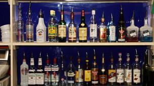 الشرطة التركية تصادر 7 الاف زجاجة خمر مغشوشة