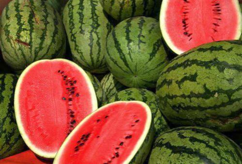 دراسة: البطيخ يقلل من ارتفاع ضغط الدم ويقي من أمراض القلب