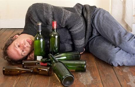 تونس أكثر دولة عربية شرباً للخمور ومتوسط إستهلاك الفرد ضعف اﻷلمان وتجاوز الروس والفرنسيين