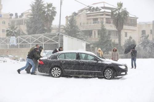 هدي أعنف عاصفة قطبية تجلب الثلوج علي البلاد العربية