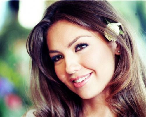 وفاة ممثلة سورية أثر ذبحها علي يد شقيقها