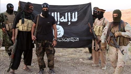 تنظيم القاعدة  وداعش يتنافسوا بتبني العملية الإرهابية بفرنسا