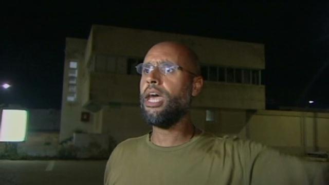 القذافي و أبنه عرضوا  تحرير شاليط لوقف هجوم الناتو