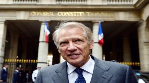 رئيس الوزراء الفرنسي السابق يتهم الغرب بصنع الإرهاب نتيجة سياساته الخاطئة