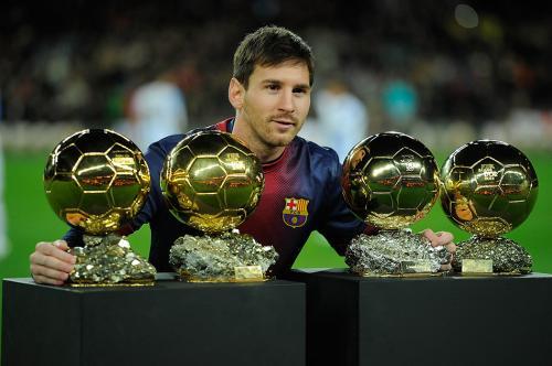 تعرف علي إنجازات ميسي والتي جعلته أسطورة كرة القدم في العالم