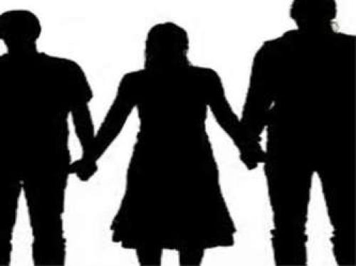 السعودية : محاكمة سيدة تزوجت رجلين في نفس الوقت