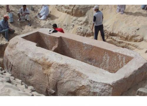 علماء يعثروا علي فرعون لم يعرف من قبل ويكشف أسرار مؤامرة تقسيم مصر