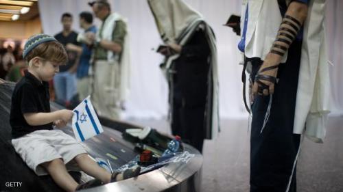 إسرائيل تراقب البريد اﻷلكتروني للسياح الراغبين في زيارتها
