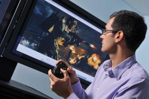 أستعمال ألعاب الحاسب لتحسن حاسة البصر وعلاج بعض مشاكل العين