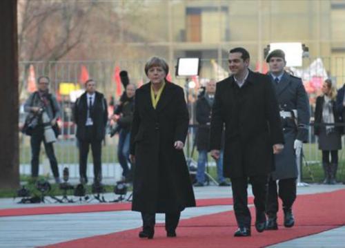 ألمانيا : أستقالة سياسيين أحتجاجًا على دعم حكومه بلادهم إنقاذ اليونان أقتصادياً