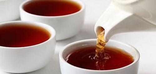 تناول الشاي اﻷسود يقي من الإصابة بمرض السكري