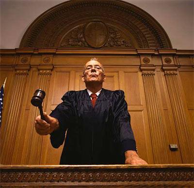 قصة أغرب طلاق في العالم وفي المحكمة أثناء الحكم حدث شئ لا يصدق