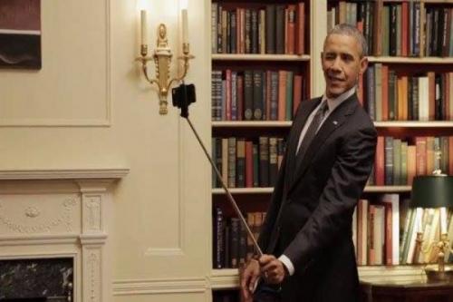 الرئيس اﻷمريكي يؤكد عدم إمتلاكه أي هاتف ذكي