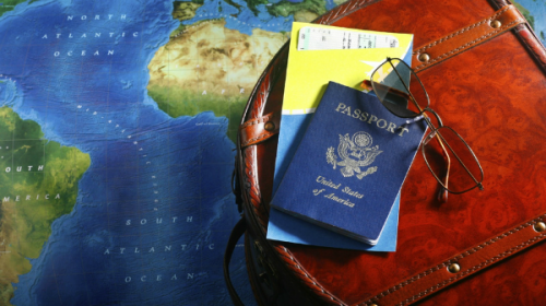 طريقة فريدة للسفر إلى أي بلد في العالم  وقضاء عدة شهور مجاناً