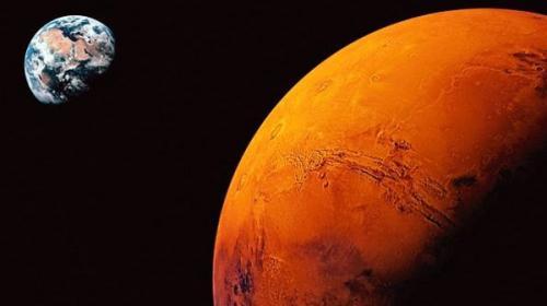 وكالة ناسا للفضاء تؤكد وجود ماء علي سطح كوكب المريخ