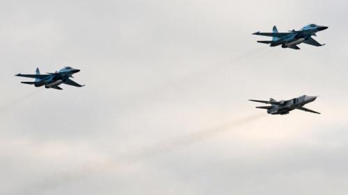مقاتلات روسية تجبر مدمرة أمريكية على مغادرة مياه روسيا الإقليمية