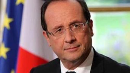 نحو 10 آلاف يورو راتب مصفف شعر الرئيس الفرنسي