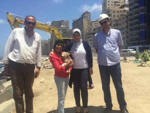 فتاة تحرك الدولة لإنقاذ كلب