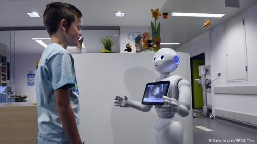 تطوير روبوت للمساعدة في علاج مرضي التوحد