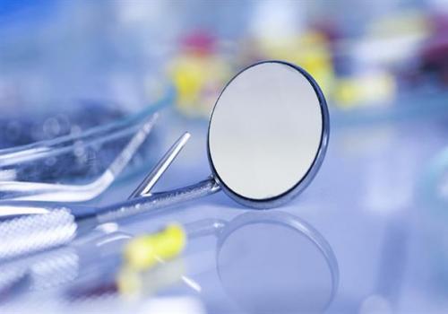 حشوة أسنان ذكية ستغير عالم طب الأسنان للأبد