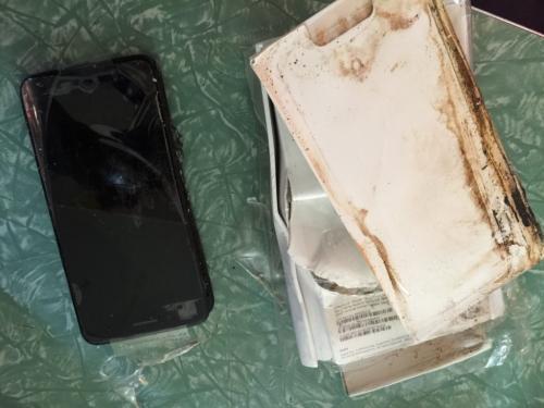 إنفجار هاتف أيفون 7 للأسباب مجهولة