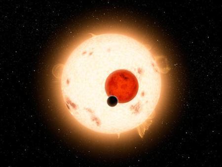 أكتشف كوكب يدور حول شمسين
