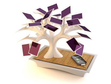 شجرة أصطناعية لشحن الهواتف بالطاقة الشمسية