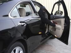وزيرة الخارجية اﻷمريكية تبحث مع نظيرها السعودي قيادة النساء للسيارات في السعودية