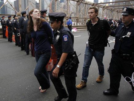 نيويورك إنهاء مظاهرة بأعتقال أكثر من 700 متظاهر