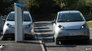 سيارات كهربائية للإيجار للقضاء على الازدحام  في شوارع باريس