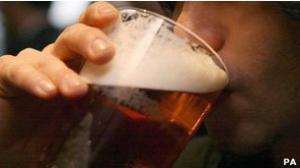 دراسة توصي بمنع تناول الخمور ثلاثة ايام في الاسبوع علي اﻷقل