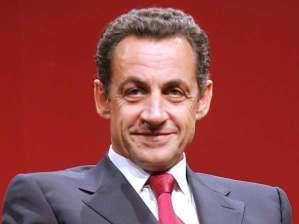 بسبب عمل الميكروفون دون علمه ساركوزي يعلن للعالم بأن نتنياهو كذاب