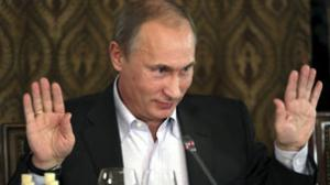 الصين تقلد جائزة نوبل للسلام وتهديها لرئيس الوزراء الروسي بوتين